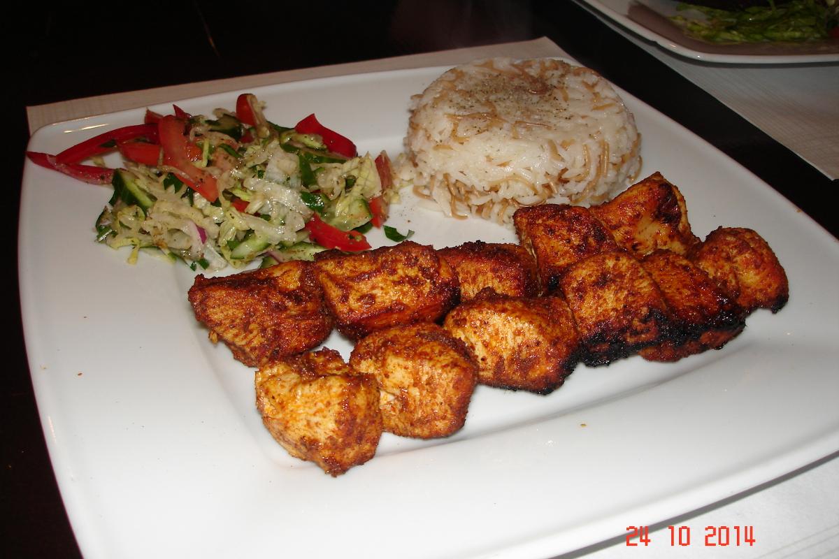 Amali-syryjska-restauracja-szisztauk
